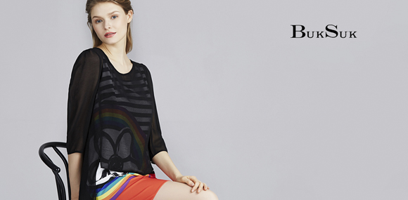 宝丝露品牌时装走典雅的时尚路线