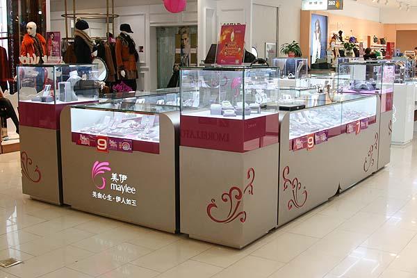 北京复兴门百盛店
