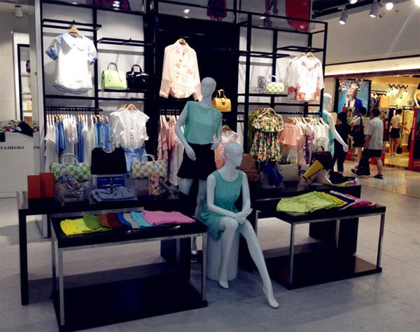 丹比奴时尚女装店铺展示