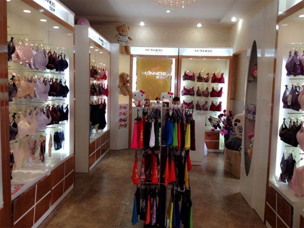 曼诺纱店铺展示