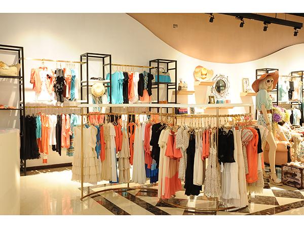【实图】卓多姿女装店面形象设计_卓多姿女装专卖店
