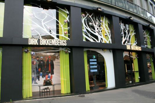 DIRK BIKKEMBERGS店铺展示
