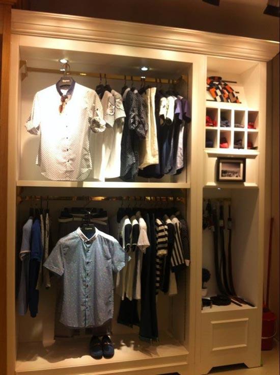 【实图】枫索男装店面形象设计_枫索男装专卖店橱窗