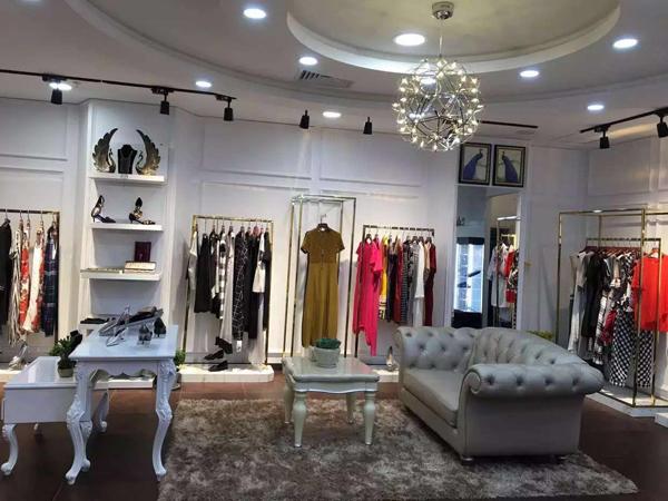 迪奥女装加盟店铺_迪奥女装专卖店 -中国服装网