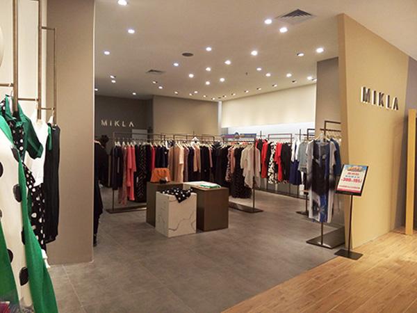 MIK&LA米珂拉实体店展示品牌旗舰店店面