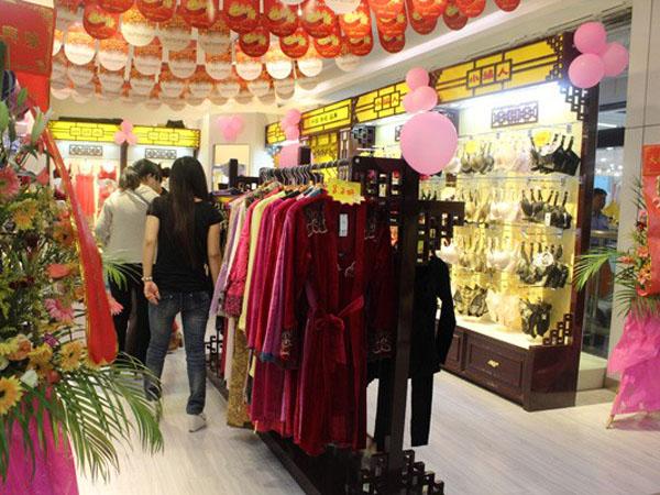 小妇人内衣品牌终端形象展示品牌旗舰店店面