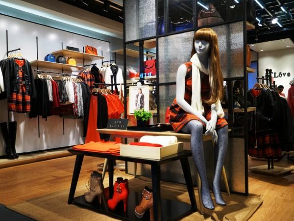 37度love女装加盟店铺_37度love女装专卖店 -中国服装图片