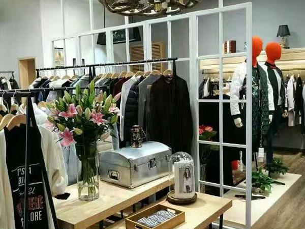 钡禾女装店铺展示图片