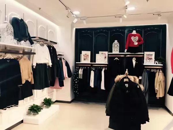 …minette女装加盟店品牌旗舰店店面