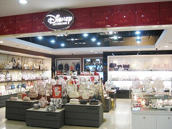 迪士尼时尚店铺展示