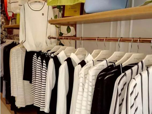 布根香女装品牌终端形象店品牌旗舰店店面