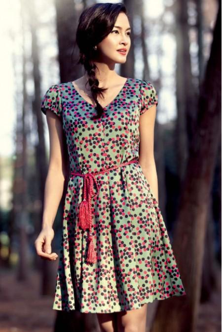 GEBANG哥邦女装 流行搭配与古典优雅的生动揉合