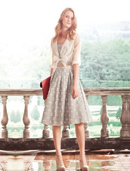 秋冬季半身裙怎么穿时尚 璞秀女装为你时尚推荐