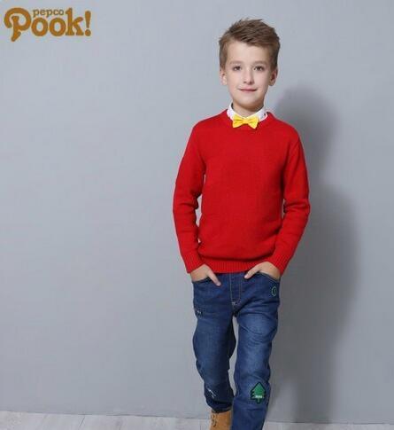 朋库一代童装带来针织衫时尚搭配 红色针织衫配什么颜色