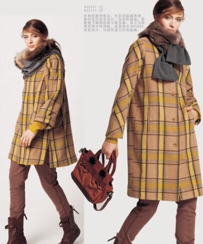 蒲时尚品牌女装呢大衣 饱含时尚感与生命力