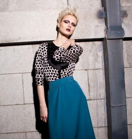 伊比莎时尚女装 让女人尽情演绎自己心中所爱