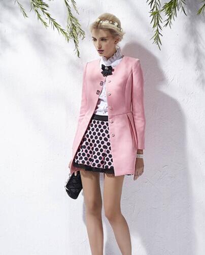 唯一女装时尚分享 粉色衣服怎么搭配好看