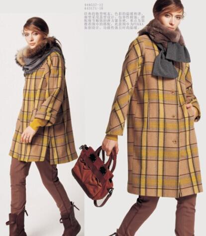 蒲牌女装不同版型呢大衣 饱含时尚感与生命力