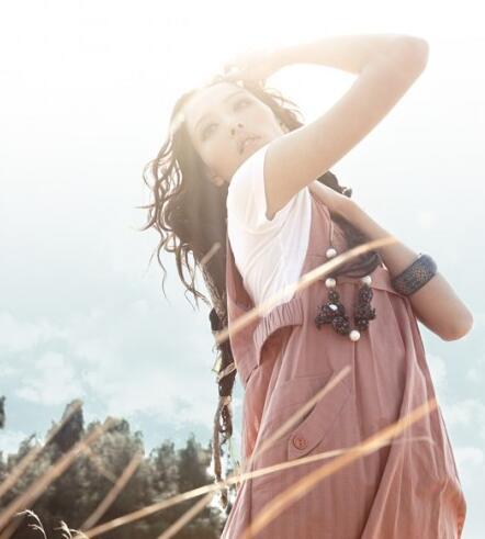 梵凯品牌女装 寻找属于自己的感觉