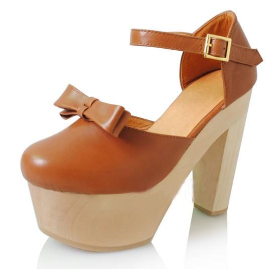 芯龙女人屋时尚女鞋