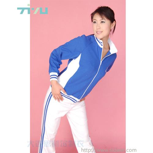 女式休闲户外运动套装订做大连运动服厂家