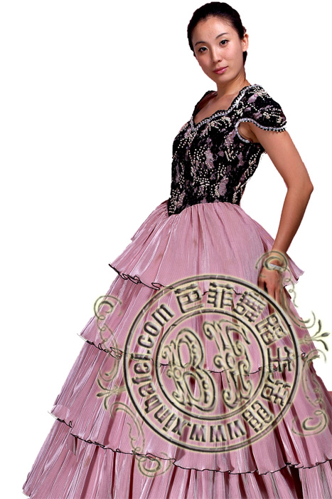 北京出租欧洲皇室服装欧洲宫廷服装出租公主裙出租王子服出租图片