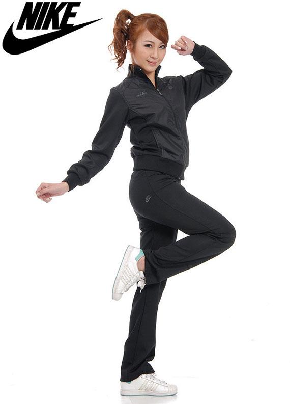 三叶草运动服套装批发 adidas2011运动服 经典运动服款式