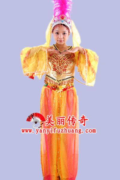 天津哪里有演出服装定做租赁