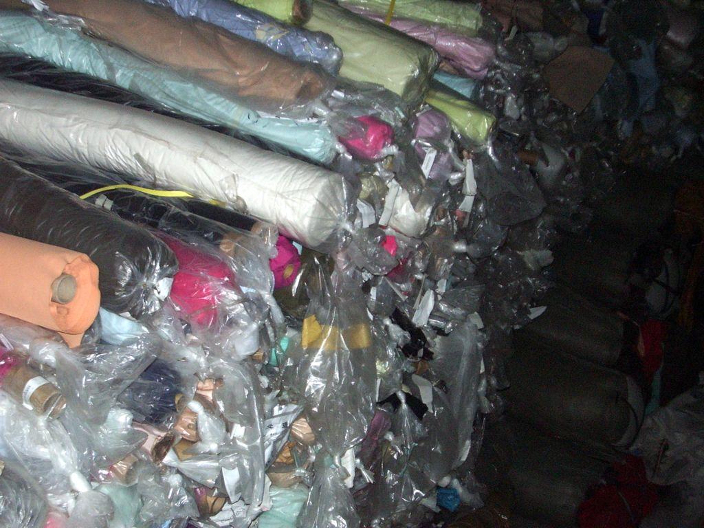 收购服装面料--深圳回收布料