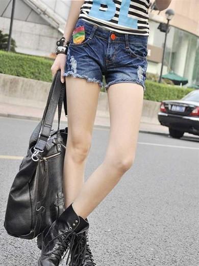 2012最新贴布热卖牛仔短裤热裤 水洗 磨破  Y031481