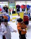 童装柜台陈列-三星购物中心