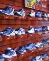 鞋类柜台陈列-三星购物中心