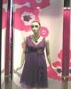 日本服装名牌可可尼橱窗展现