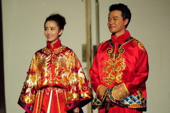 丽娅打造中式婚礼服