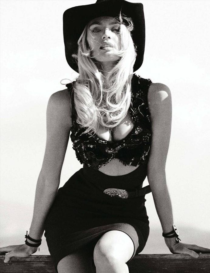 超模坎迪斯登德国版《vogue》杂志秀性感_服装人物