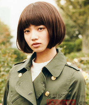 日韩甜美短发烫发 俏皮减龄轻熟女最爱