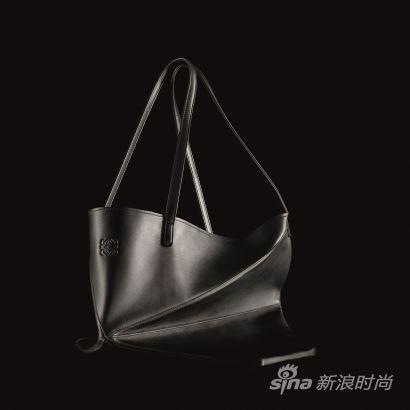 loewe折纸袋 全新色彩重新回归