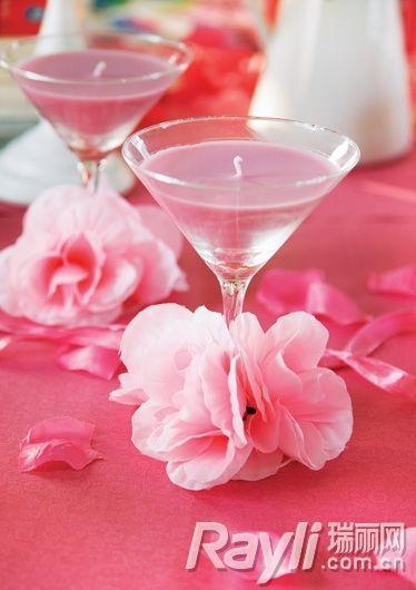 玫瑰造型餐盘, 放在餐桌上非常温馨浪漫,玫瑰花瓣纹路非常精致