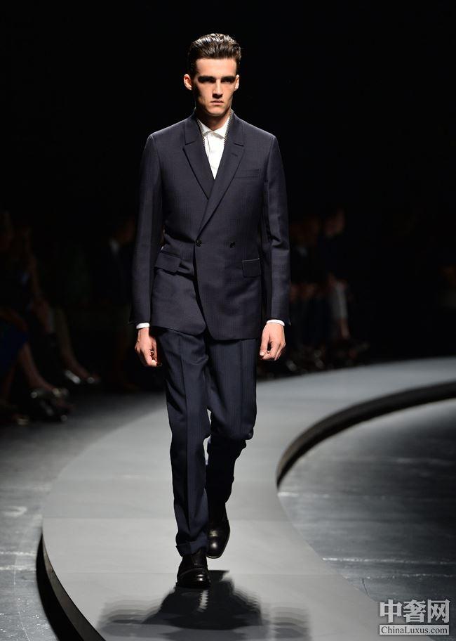 列 6点以后的男士晚装第十页 晚装 男士 Suit Broken 杰尼亚 商学院