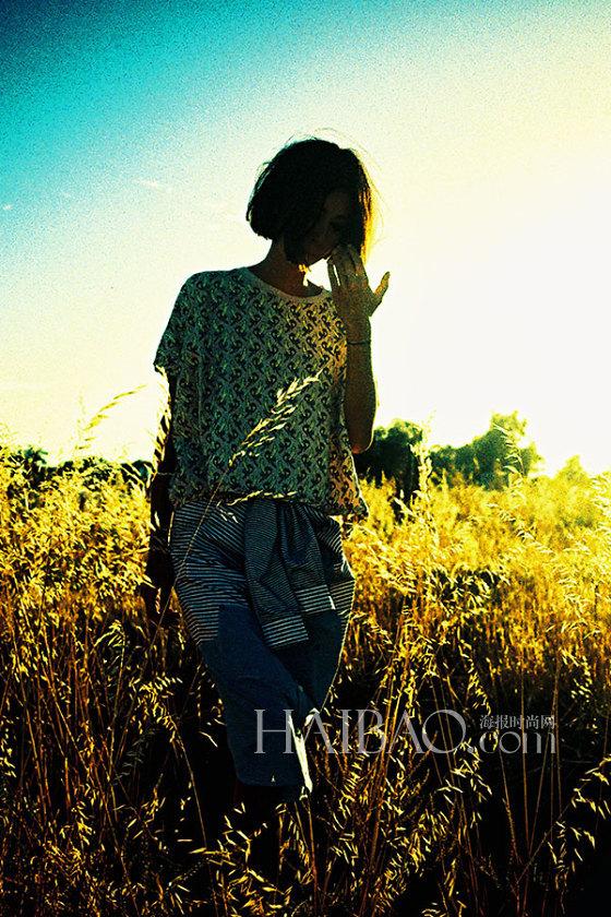 澳洲品牌P.A.M.× 潮牌Carhartt WIP × 万斯 (Vans) 三品牌携手推出联名女装系列