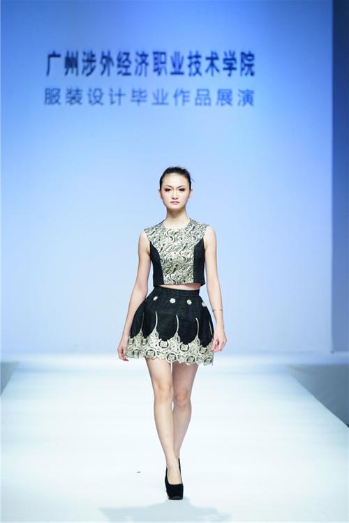2014中国(广东)大学生时装周:广州涉外经济职业技术学院服装设计毕业图片