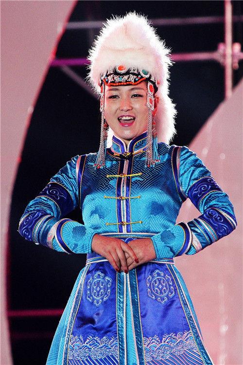 蒙古族服饰大赛落幕