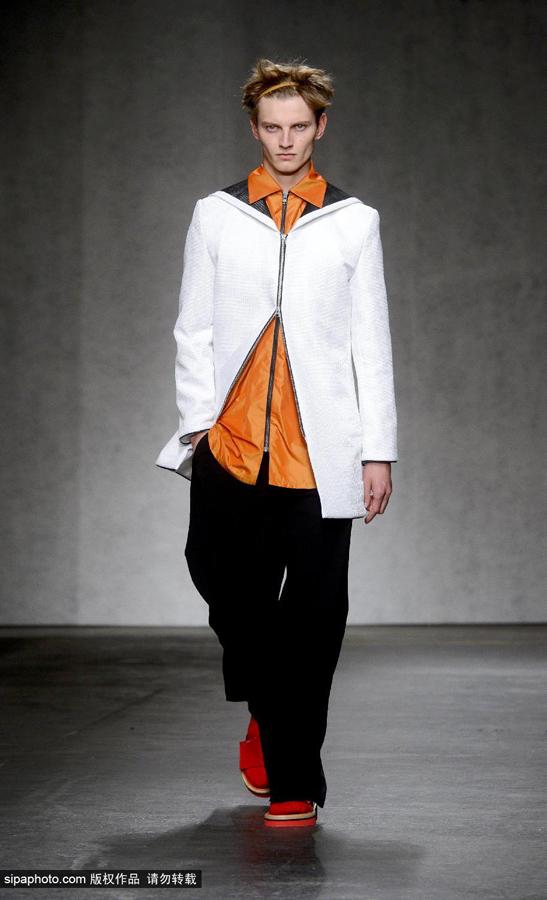 中国服装网 时尚资讯 秀场 中国设计师品牌周翔宇xander zhou亮相2015