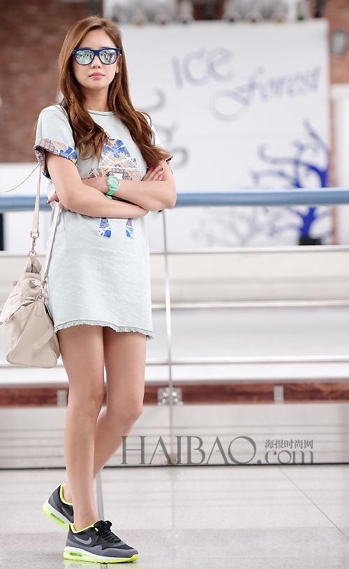最新韩国女明星街拍 7月11日 7月20日图片