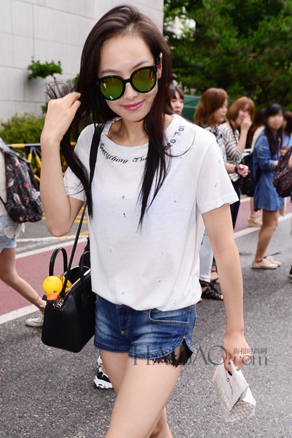 中国服装网 时尚资讯 搭配 最新韩国女明星街拍 (7月11日-7月20日)!