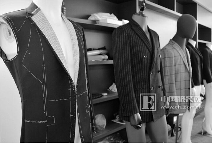 杉杉服装定位_服装招商 商业资讯 还记得出现在《杉杉来了》第30集15分钟的那件杉杉