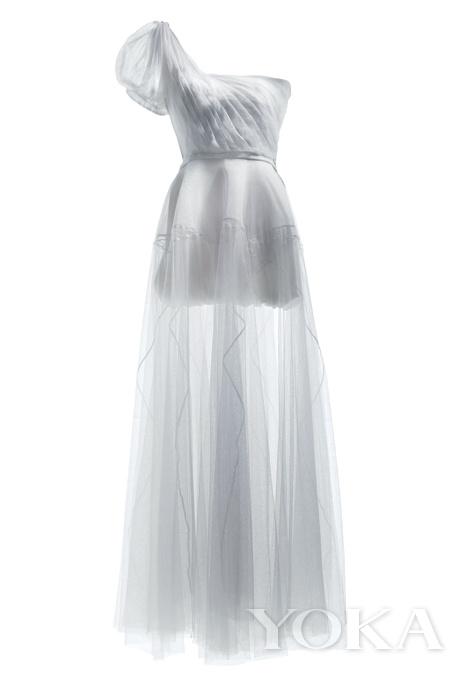 灯笼袖婚纱礼服手绘