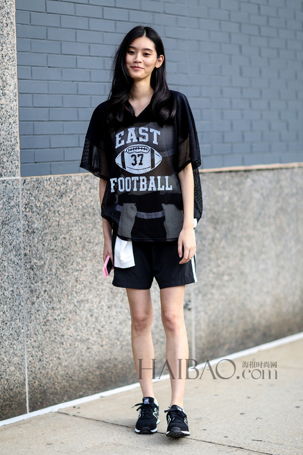 2015春夏纽约时装周长腿模特街拍第二波
