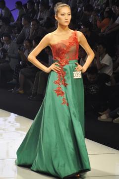 2014中国大连·首届大学生时装模特邀请赛