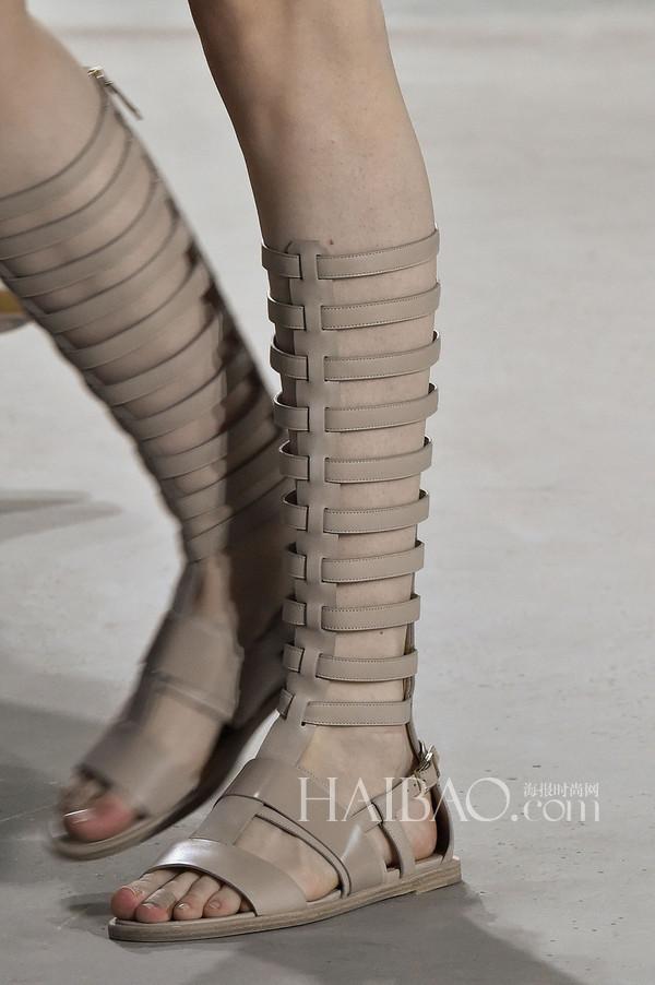 2015春夏纽约时装周:雨果博斯 (Hugo Boss) 2015春夏女装秀场细节